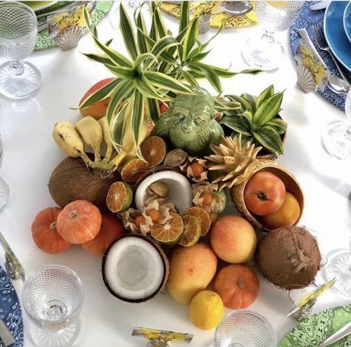 Centro de mesa feito com frutas