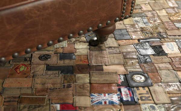 Upcycling, Esse tapete é feito a partir das etiquetas de couro encontradas em calças jeans.