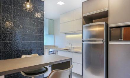 Com soluções de arquitetura, apartamento de 90m² ganha mais espaço e conforto.