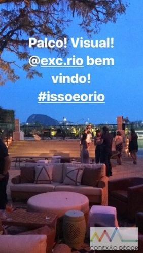 Decoração de Anna Carolina Werneck no novo espaço de eventos no Rio .Foto do palco com o Jockey Club ao fundo.