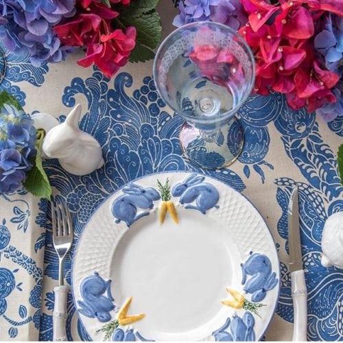 Inspiração e super dicas para a sua decoração de Páscoa. louça de Páscoa azul e branca