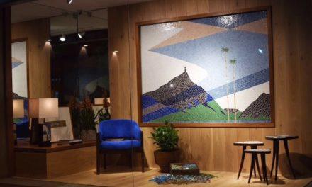 Paulo Werneck tem seus painéis de mosaicos modernistas  aplicados em peças de mobiliário, com desenhos reinterpretados  por seu neto Gaspar Saldanha.