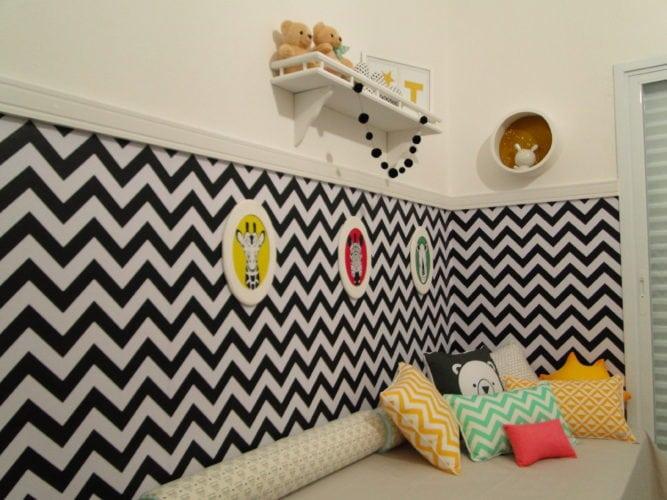 Estampa Chevron na decoração. Estampa zig zag em preto e branco no quarto de bebe