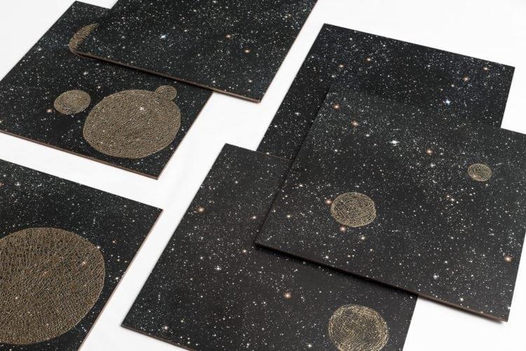 Noites estreladas e cinema inspiram coleção dos Irmãos Campana para marca de revestimentos cerâmicos. Cinco modelos de desenhos .