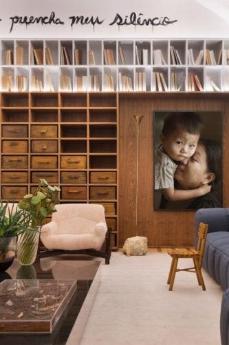 estante do Family Room de BC Arquitetos para CasaCor sp 2018