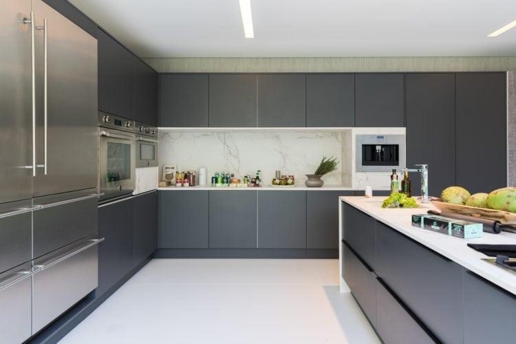 Casa Cor SP 2018. Espaço de João Armentano. Detalhe cozinha da Todeschini
