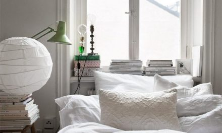 15  inspirações com a cama embaixo da janela