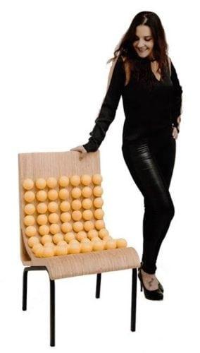 Novos Talentos 2018 - cadeira Enai assinada por Daiane Camargo