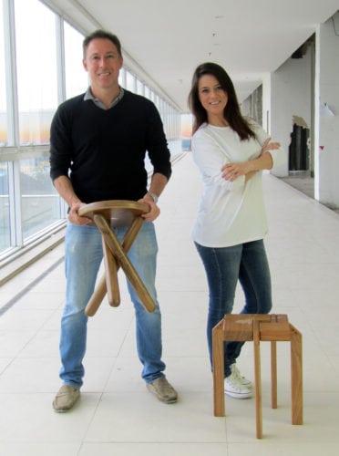 O idealizador da exposição Novos TalentosSandro Schuback e a designer de interiores Cris Bernardes