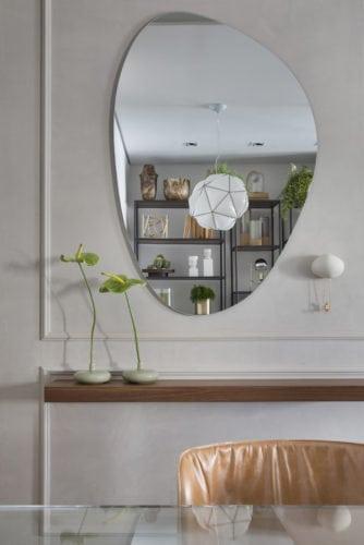 espelho da Lattoog no ambiente de Fabiano Ravaglia