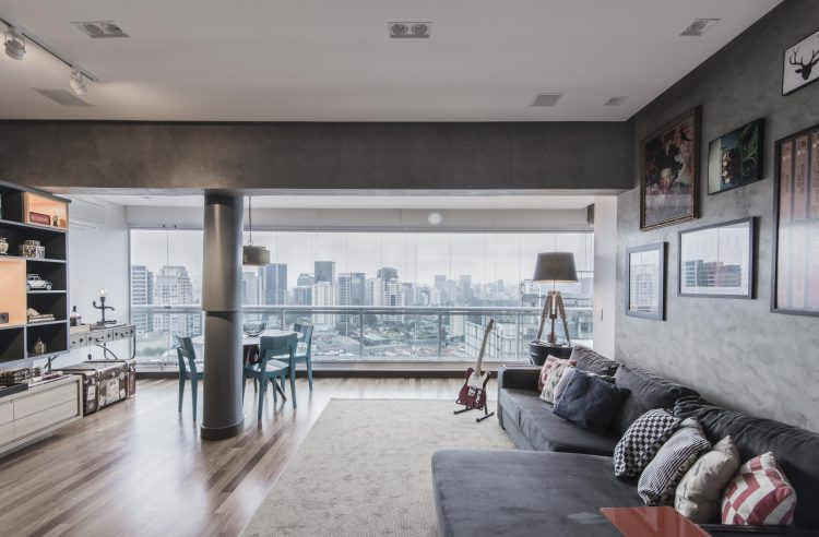 Sala com varanda integrada no Loft Faria Lima - Pietro Terlizzi