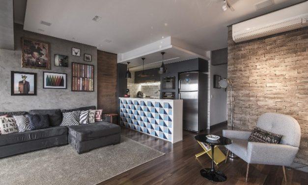 Loft com estilo moderno se abre para a vista de São Paulo