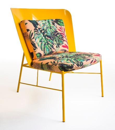 Poltrona da coleção Camaleão assinada pela Unpack Design e pelo designer Felipe Madeira com exclusividade para a Americanas.com