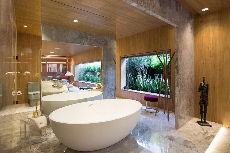 Banheira do espaço Refúgio-a-Dois_arquiteta-Karen-Feldman_Foto-de-Andre-Bastian