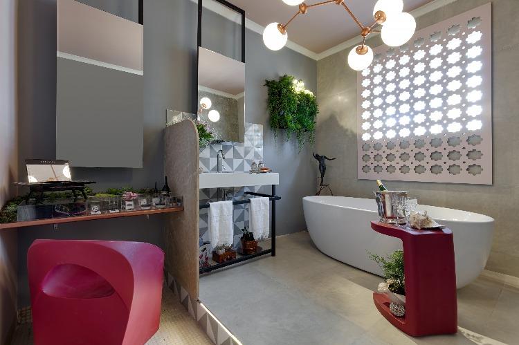 Sala de Banho por Andrea Azevedo, Fabricia Borges ePaula Veloso Pinheiro para morarmais bh com fotos de gustavo xavier