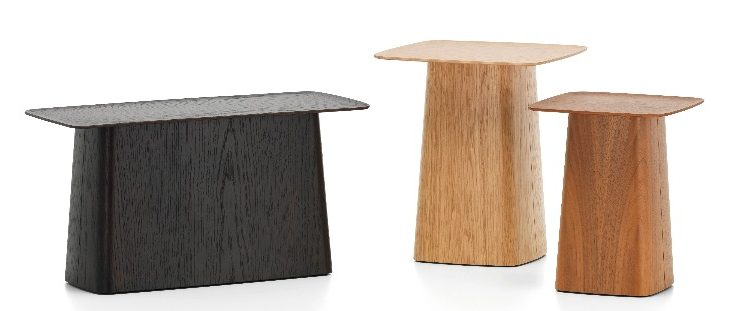 Wooden Side Table assinada por Ronan & Erwan Bouroullec em 2015