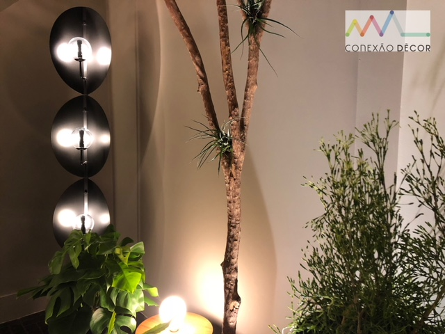 Design Week SP 2018. Luminária Broto, do Estúdio Nada se Leva, na loja La Lamp
