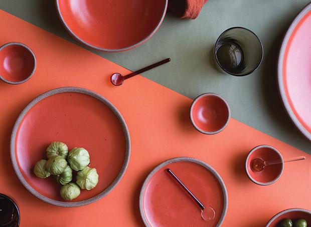 coresvoltadas especificamente parautensílios domésticos e decoração .Pantone de cores para 2019.