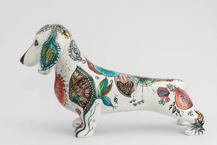Cachorro basset pintado por Regina Nogueira para DogArt 2018