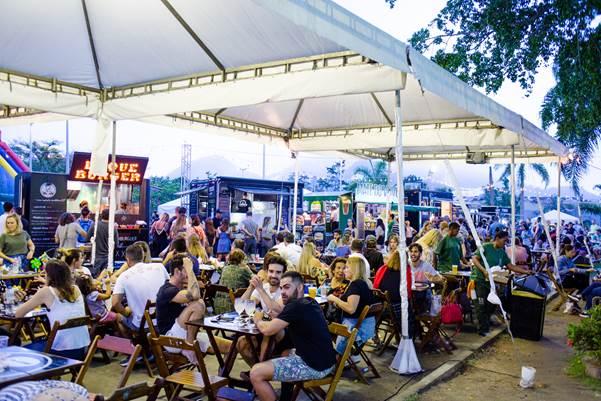 Fotos de praça de alimentação na Babylonia Feira Hype no CasaShopping