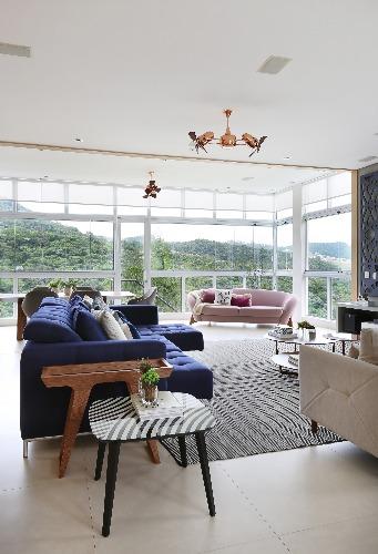 sala de estar assinada pela Triarq Arquitetura