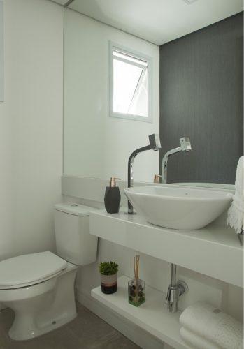 lavabo no apartamento assinado por Bruno Moraes
