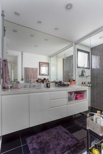 Banheiro assinado por Korman Arquitetos