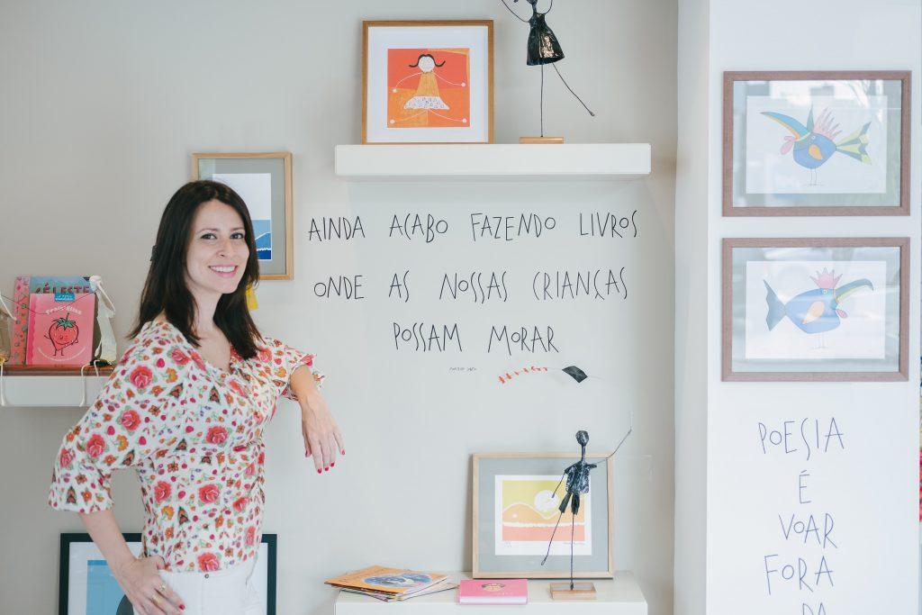 Galerista Livia Doblas fala sobre arte infantil