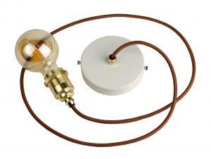 Creative Lamps: marca de luminárias customizáveis é inaugurada no Rio de Janeiro. Fio dourado, canopla branca, lampada dourada.