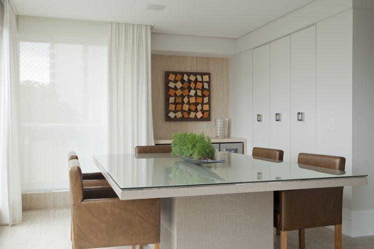 sala de jantar assinada por Leonardo Junqueira
