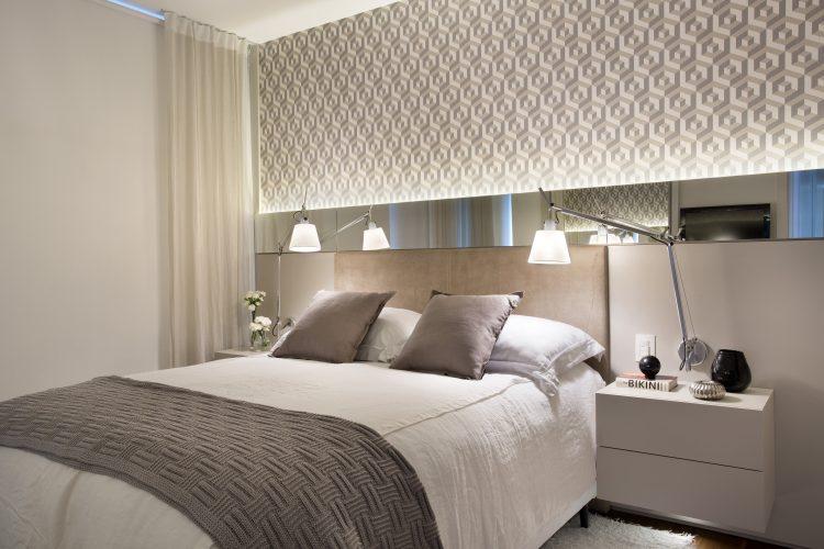 suite do Apartamento em Ipanema assinado pelas ex socias Adriana Esteves e Flavia Lucas