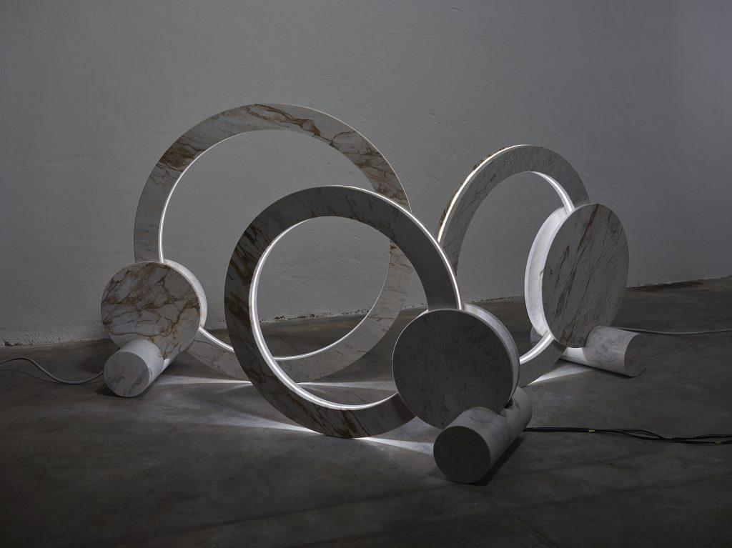 Luminária de Ronald Sasson.