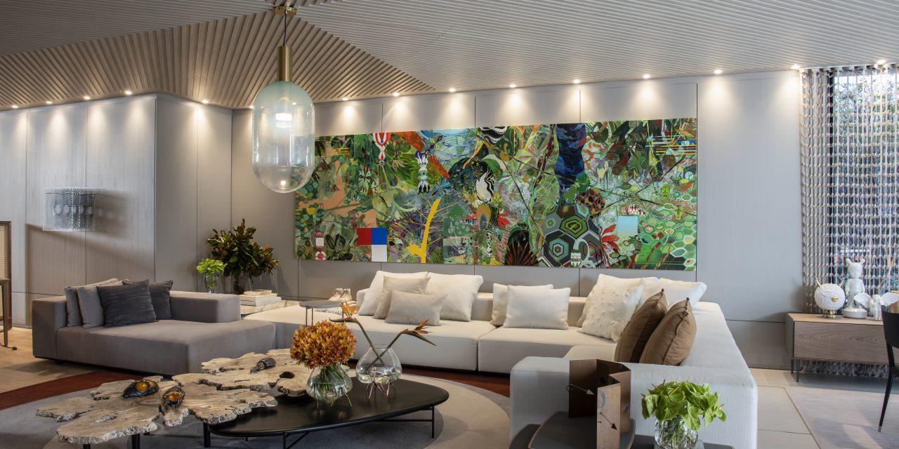 Denise Barretto apresenta casa integrada e habitada por obras de arte