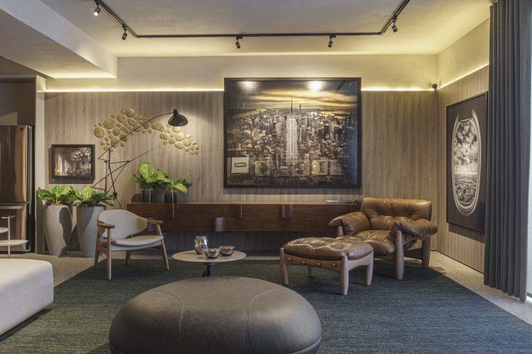 FERNANDO PIVA ASSINA ESTÚDIO PLURAL no CasaCor SP 2019 usando mobiliário com design nacional como a poltrona Mole