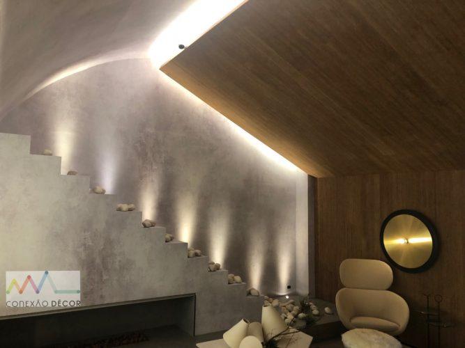 O olhar da Conexão Décor na CasaCor SP 2019. Parte 2. Papel de parede que imita pintura efeito concreto.