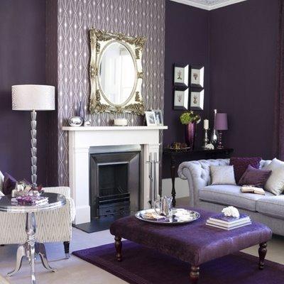 Os signos e suas cores na decoração, cor roxo para o signo de sagitário. Sala com paredes pintadas na cor roxo