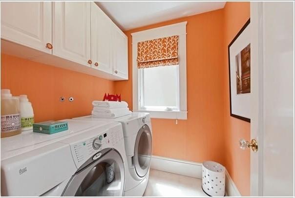Os Signos e suas cores na decoração. Laranja é a cor do signo de leão e foi usada para pintar as paredes da lavanderia de casa.