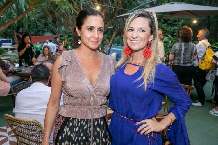Thaísa Camargo e Carla Pietrovski. Foro: Fernando Torres