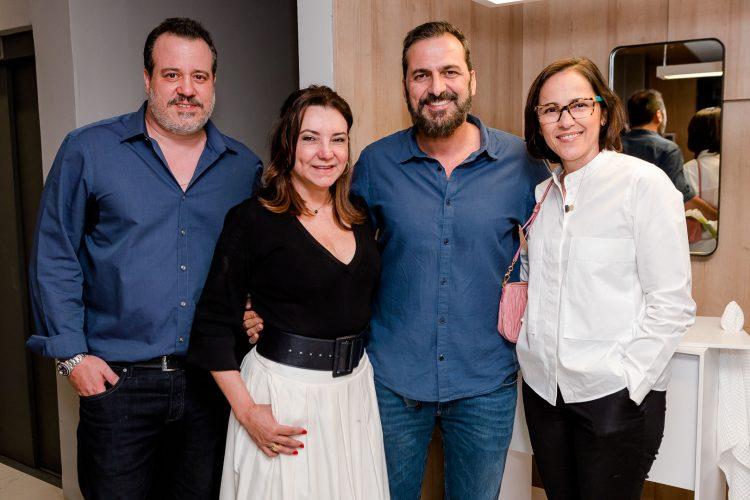 Evento na loja Florense em ipanema, foto com Nicolas Delfino, Rosa Tavares, Marcelo Dadoorian e Gisele Taranto