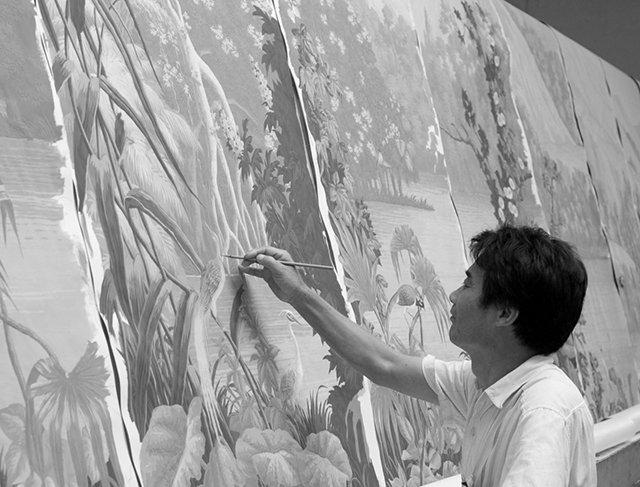 Papel de parede pintado á mão.
