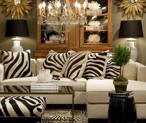 Estampa animal print na decoração, almofadas, tapete e puff com estampa de zebra
