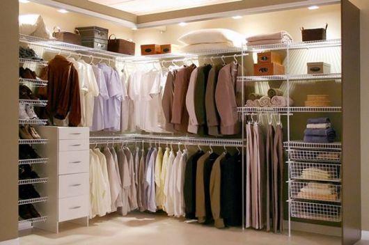 3 dicas para montar um closet funcional, aberto , feito com aramados , aonde organização é fundamental