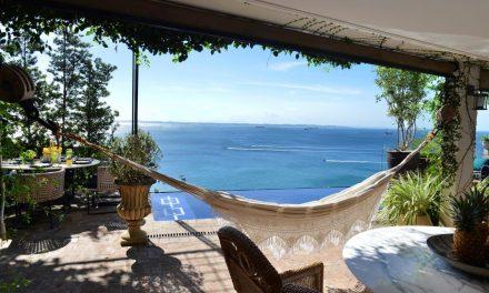 Casa em Salvador com vista espetacular para a Baía de Todos os Santos