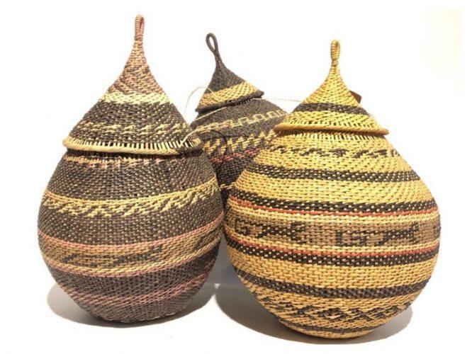 Arte popular brasilera.Cestos Yanomamis. Roraima