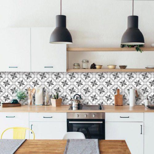 BACKSPLASH - Recurso pode revigorar o visual da sua cozinha. Frontão ou fronspicio em azulejo hidraulico