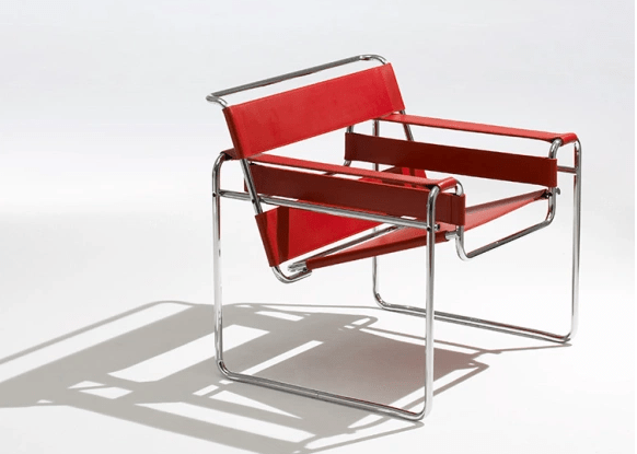 seleção de 10 cadeiras icônicas do design, WASSILY couro vermelho e base tubular
