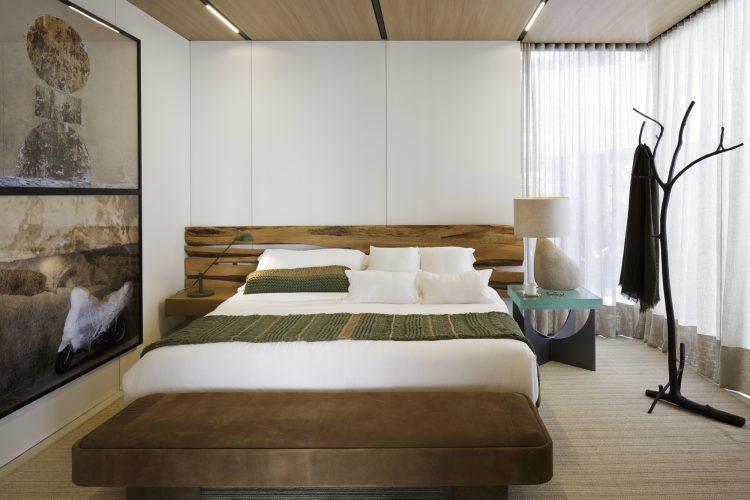 Casas Modulares, sistemas pré-fabricados. Quarto, no teto revestido em madeira