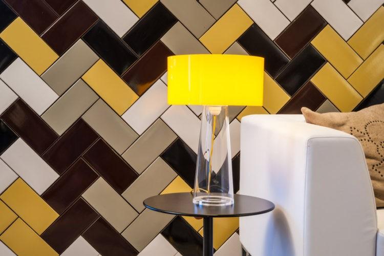 Diferentes formas de paginar cerâmicas e porcelanatos em pisos e paredes: qual o seu estilo predileto?