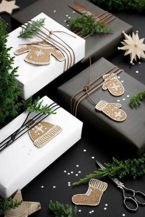 Embalagens de presentes de natal enfeitadas