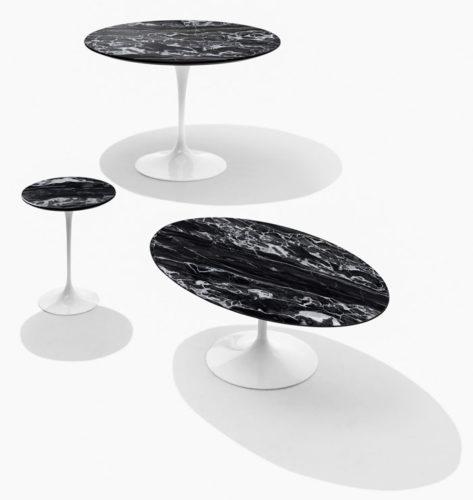 mesas Saarinen em tampo de marmore preto,